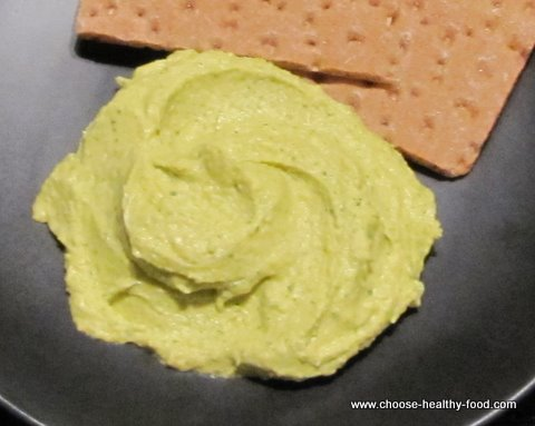 hummus recipes - hummus with herbs and lime